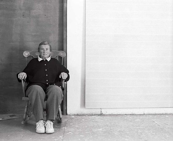 agnes-martin-in-her-favourite-boston-rocker